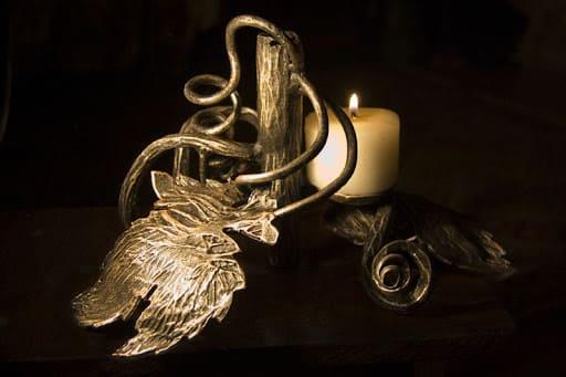 Сувениры из металла: кому можно подарить?